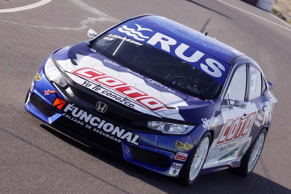 larrauri_racing.jpg