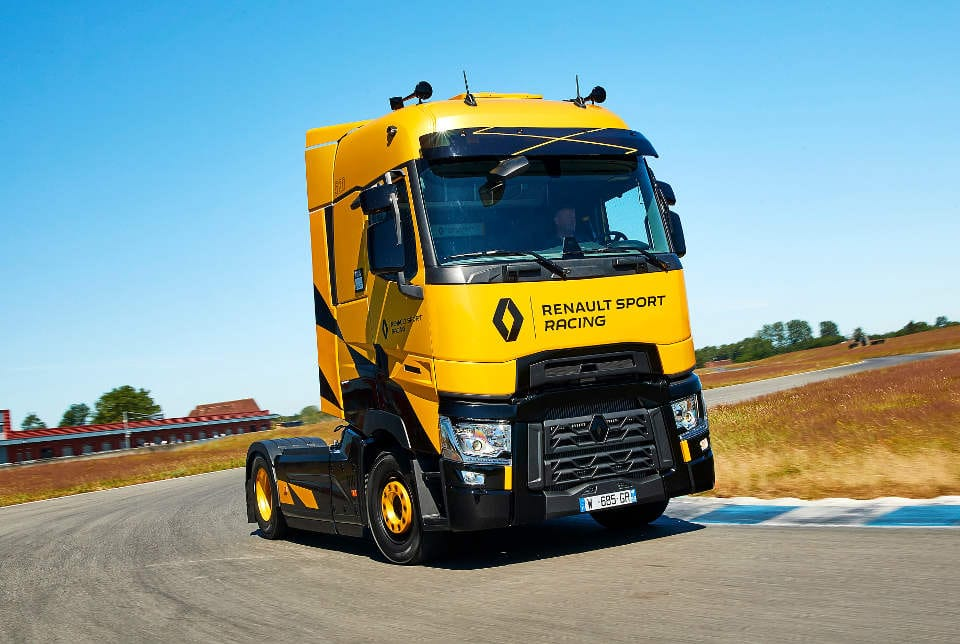 renault_t_high_sport_racing_1.jpg